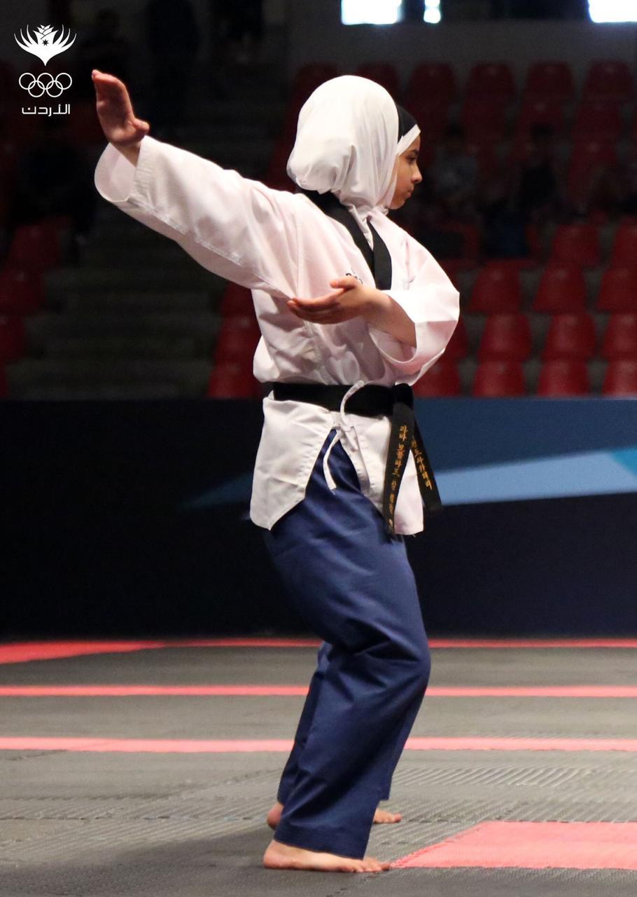 Batool competing at the Asian Taekwondo Championship