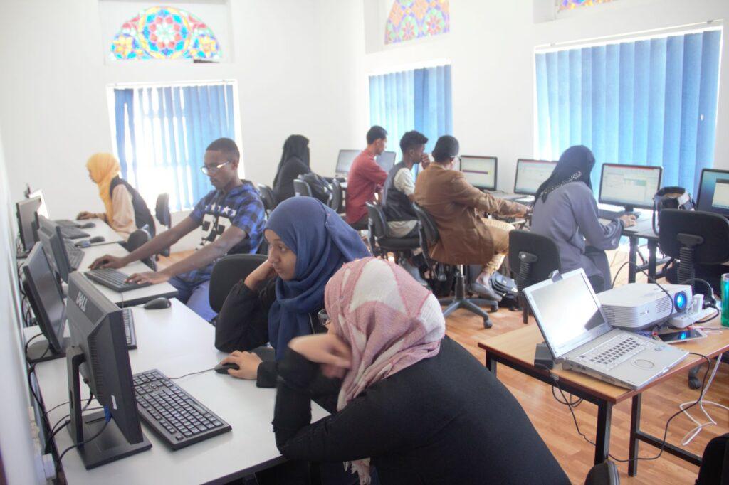 Yemen_CBSP_Computer Classes_UNHCR_WRD2020